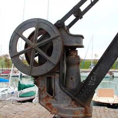 grue du port de st Martin
