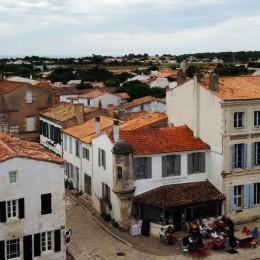 vue du clocher de l'église d'Ars